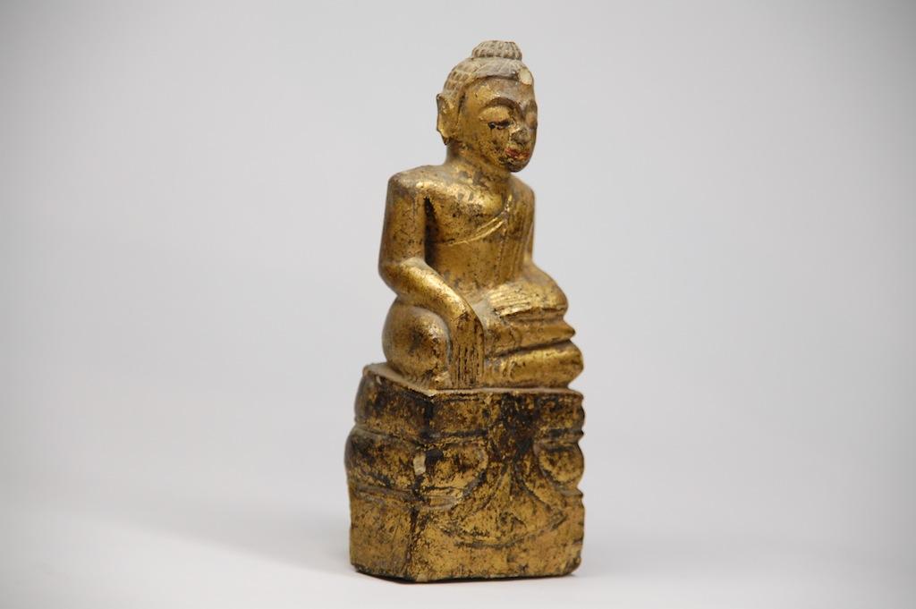 sehenswerte asiatica figuren und buddha darstellungen. Black Bedroom Furniture Sets. Home Design Ideas